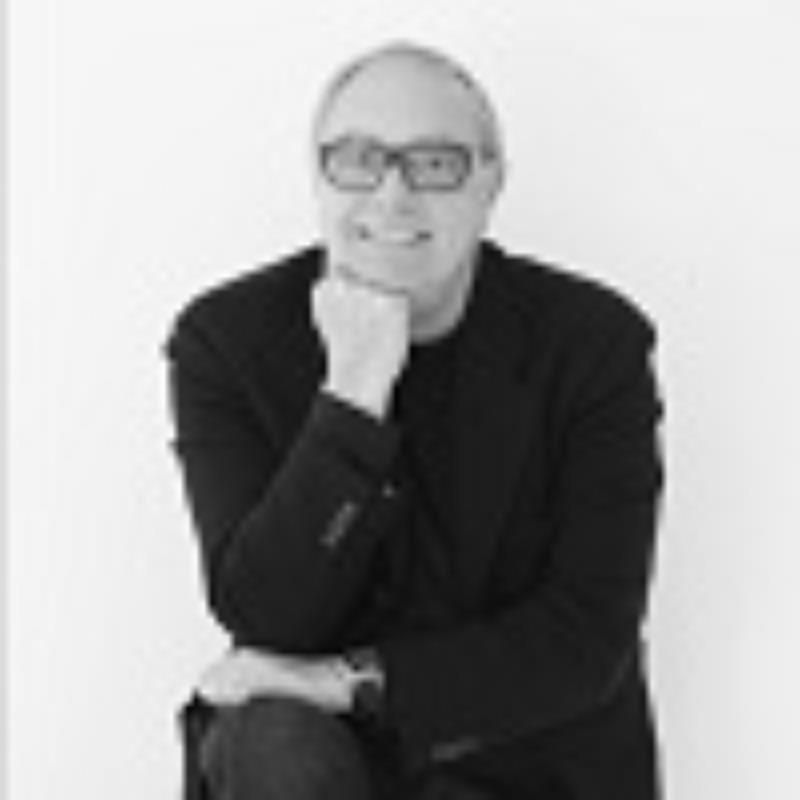 Incontro con l'architetto Enzo Treviglio Lighting Designer
